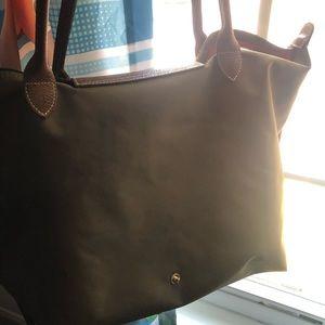 Longchamp Bags - USED Le Pliage Large Nylon Shoulder Tote